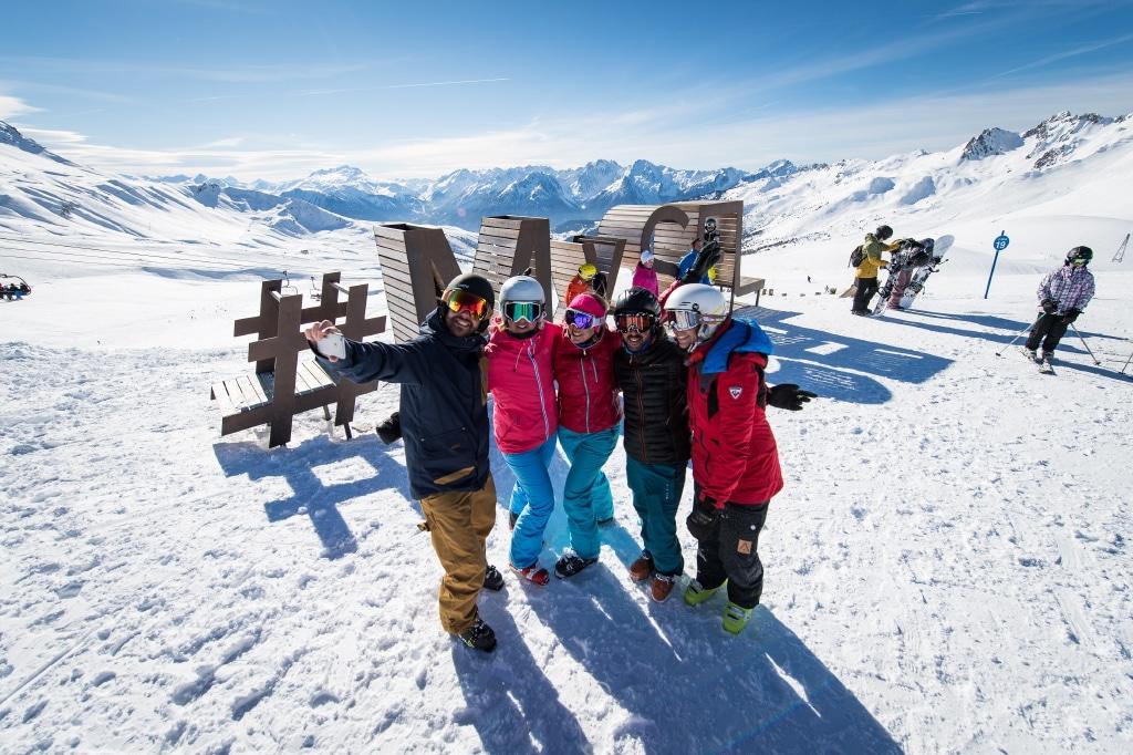 Spot photo au sommet des pistes de ski