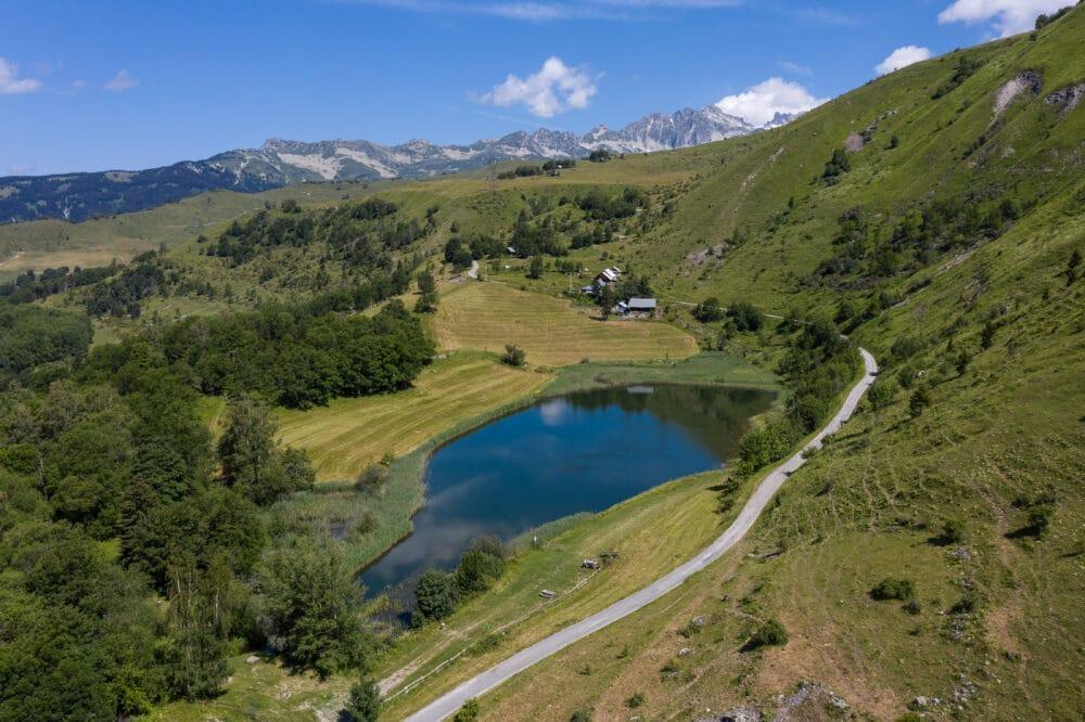 Lac du Loup en montagne Saint François Longchamp